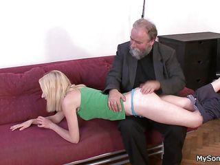 Порно русских больших зрелых задниц