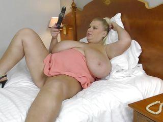Порно видео мамаш с большими сиськами