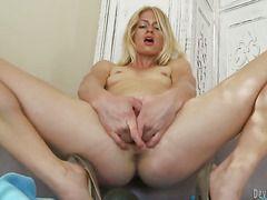 Порно блондинки 18 лет