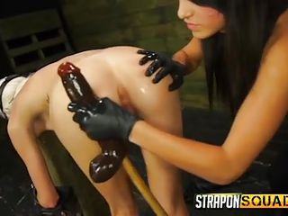 Красивый страпон секс