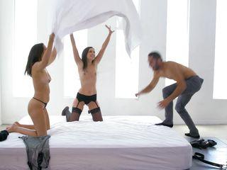Смотреть порно лесби кончают